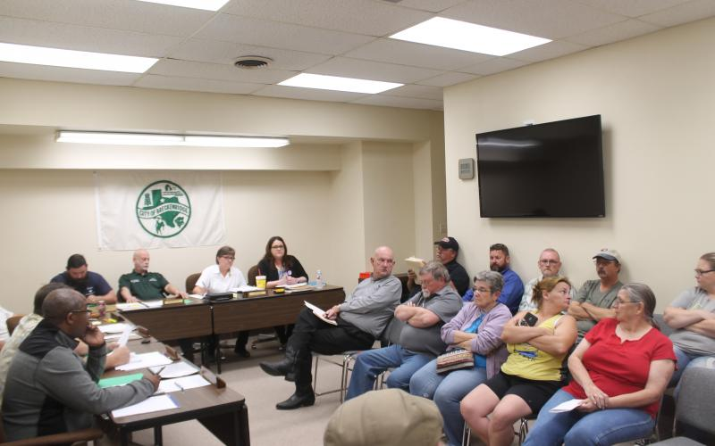 The city commissioner's meeting had over a dozen residents show up to voice their opinions on the public hearing item. After it was clarified, almost everyone left. BA photo by James Norman