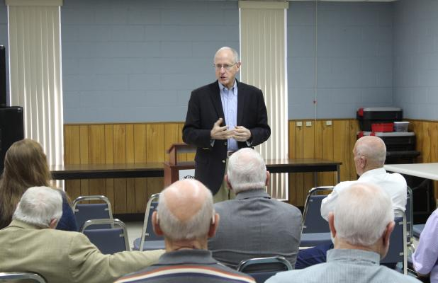 U.S. Rep Mike Conaway addresses the crowd and takes questions from locals in attendance. BA photo by James Norman
